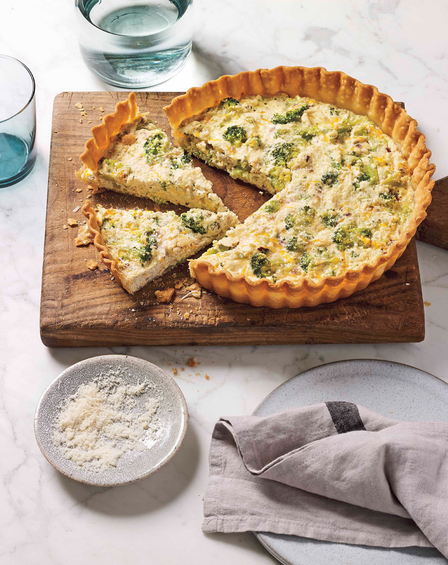ARowley_WW_FlavorPopBook_US_BroccoliandCheddarQuiche_2808_ARcrop_APF